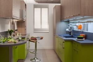 Красива і ергономічна маленька кухня: ідеї та фото