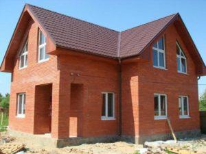 Характеристики будинків із цегли