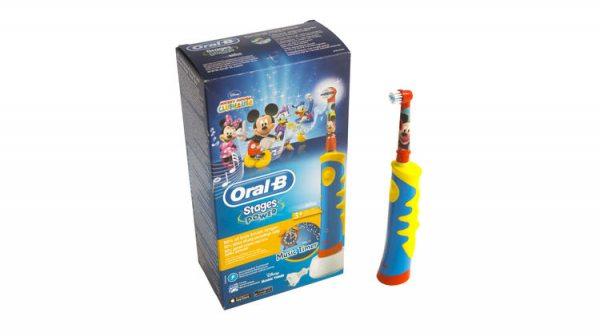 Обзор электрической зубной щётки Braun Oral-B Kids Mickey Mouse D10.513K 83844cb0ea4af