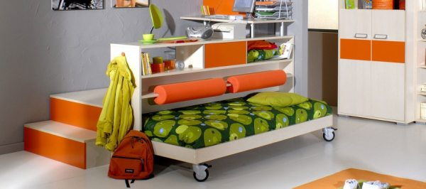 Ліжко-подіум своїми руками: відмінне рішення для дитячої кімнати
