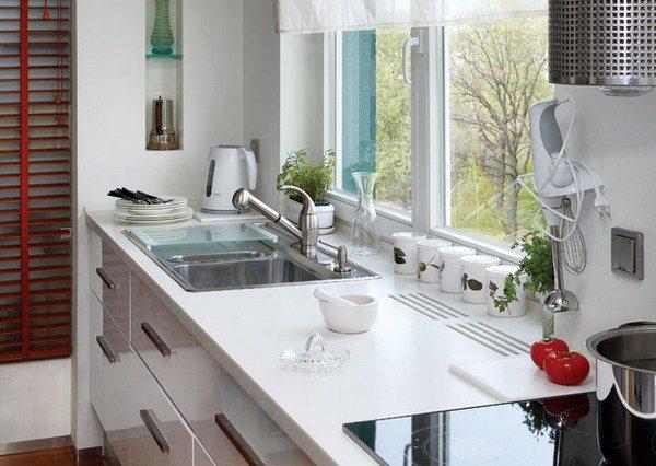 дизайн кухні з вікном як правильно обіграти простір Kindly House