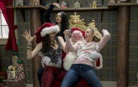 Міла Куніс зіграла в комедії «для дорослих»: трейлер «Дуже поганих матусь 2»