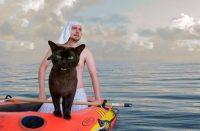 Британець і його кіт пародіюють культові сцени з фільмів