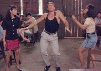 Жан-Клод Ван Дамм зустрів Новий рік запальним танцем. Відео